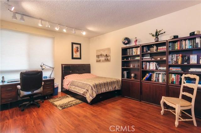 1509 Greenfield Av, Los Angeles, CA 90025 Photo 13