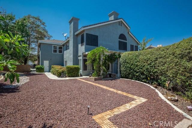41868 Tilton Drive, Palmdale CA: http://media.crmls.org/mediascn/71e3a24c-f93a-4467-944e-d5a7075dcce2.jpg