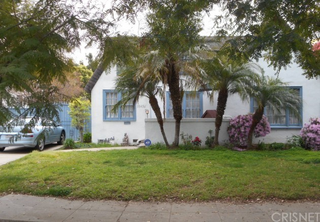Property for sale at 10456 Almayo Avenue, Los Angeles,  CA 90064