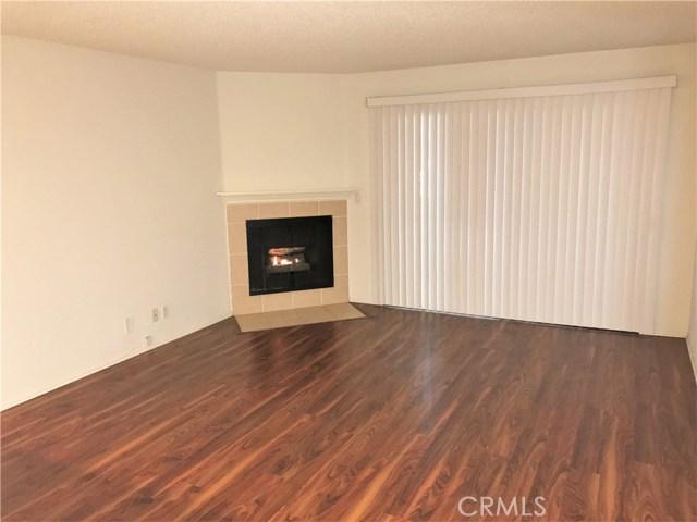 Condominium for Rent at 7640 Oso Avenue Winnetka, California 91306 United States