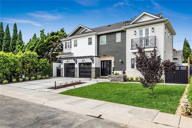3512 Barry Los Angeles CA 90066