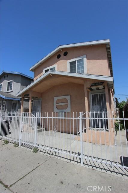 9912 S San Pedro Street, Los Angeles CA: http://media.crmls.org/mediascn/72e0acdc-b858-49e2-b6ae-5698b52cf7e2.jpg