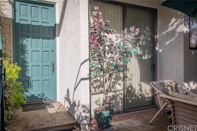 18701 Hatteras Street 4 , CA 91356 is listed for sale as MLS Listing SR18063074