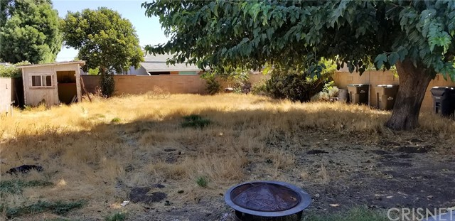 25022 Newhall Avenue, Newhall CA: http://media.crmls.org/mediascn/7344adf6-7be9-4a1b-8091-3e6350379444.jpg