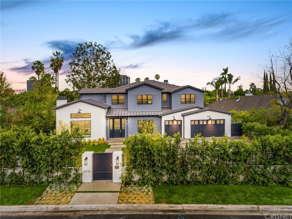 Photo of 15715 Woodvale Road, Encino, CA 91436
