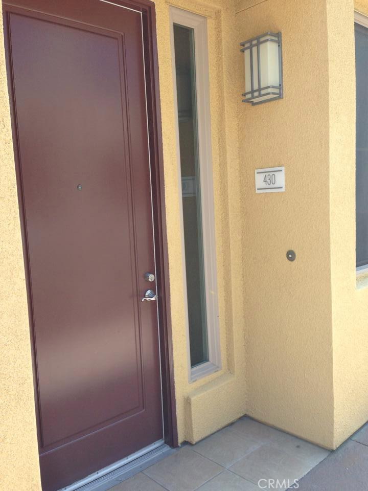201 E ANGELENO Avenue 430, Burbank, CA 91502