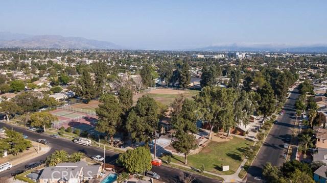 8708 Hazeltine Avenue, Panorama City CA: http://media.crmls.org/mediascn/745c9341-048e-43ed-b34e-09ce05896839.jpg