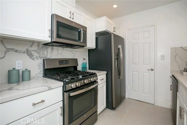 15344 Weddington Street, Sherman Oaks CA: http://media.crmls.org/mediascn/74b1f683-6800-4003-a3ba-924cd2030ba3.jpg