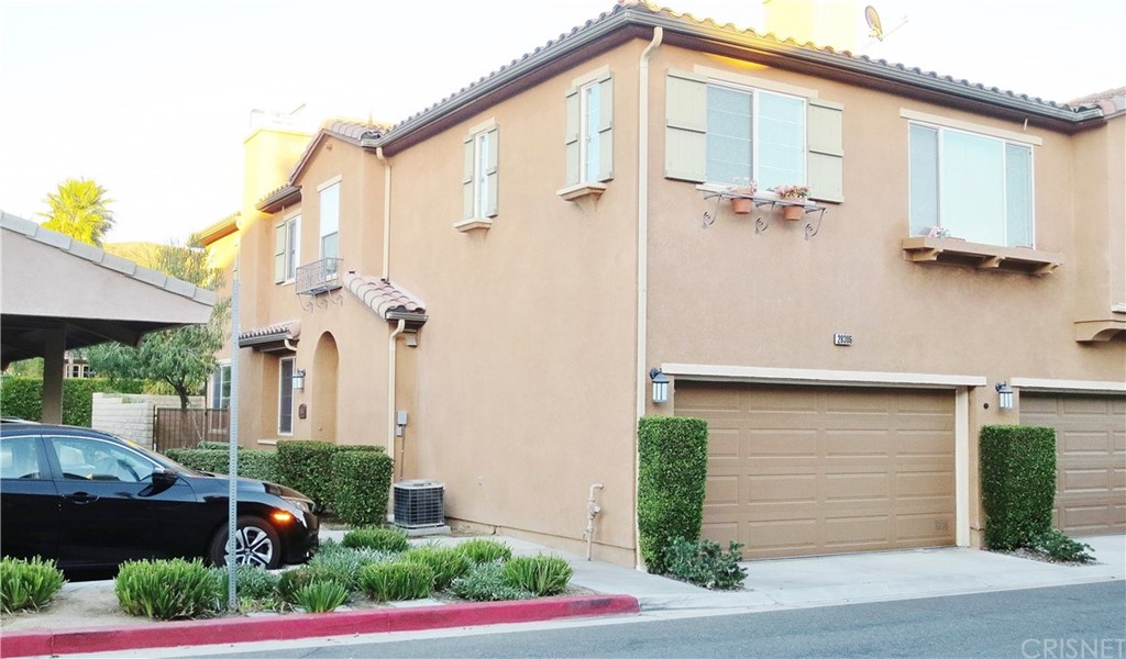 Property for sale at 28386 Casselman Lane, Saugus,  CA 91350