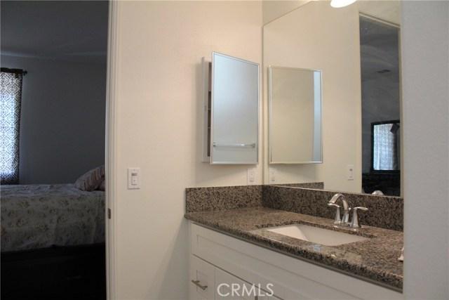 43942 Windrose Place, Lancaster CA: http://media.crmls.org/mediascn/74f54f27-806c-4a3d-9367-0830b6e99145.jpg