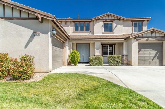 41630 Chardonnay Avenue, Lancaster CA: http://media.crmls.org/mediascn/74f95a5c-707f-4ab7-8475-c832651066fa.jpg