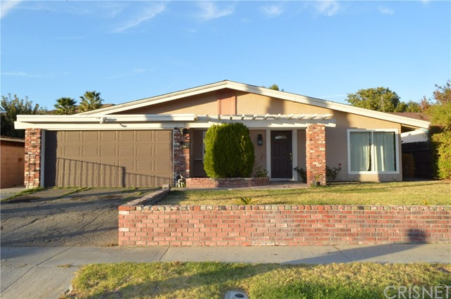 18937 Goodvale Road, Canyon Country CA 91351