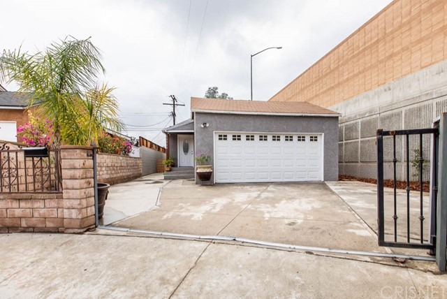 13360 Kelowna St, Arleta, CA 91331 Photo