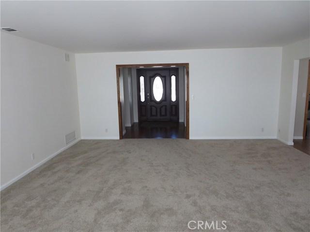 10836 Chimineas Avenue, Porter Ranch CA: http://media.crmls.org/mediascn/759b3f94-bde4-45b6-9e21-435bd24d0bb1.jpg