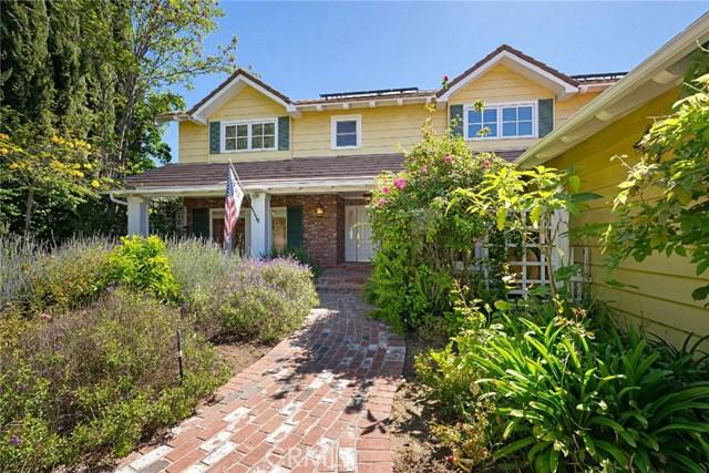 Photo of 5014 Del Moreno Drive, Woodland Hills, CA 91364