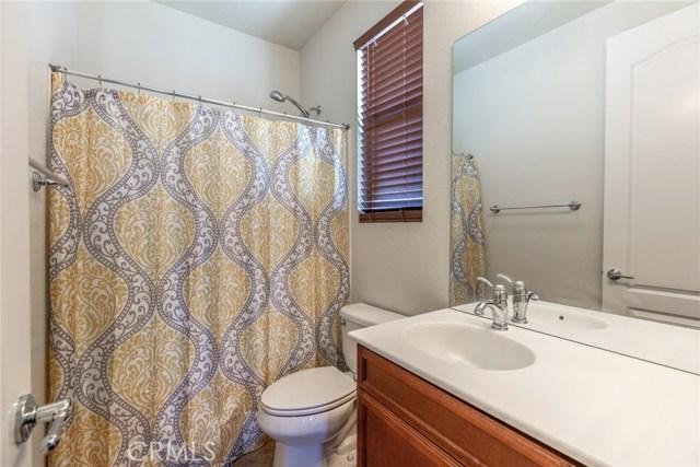 41630 Chardonnay Avenue, Lancaster CA: http://media.crmls.org/mediascn/75bbc420-c9a7-4729-8331-8658591f8fa1.jpg
