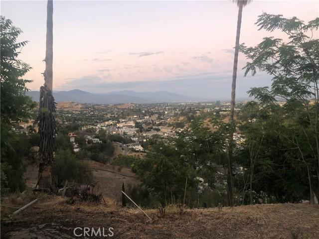 4315 Tourmaline Street, Los Angeles CA: http://media.crmls.org/mediascn/75d29c68-8a47-4284-a3b9-527bbbd95419.jpg