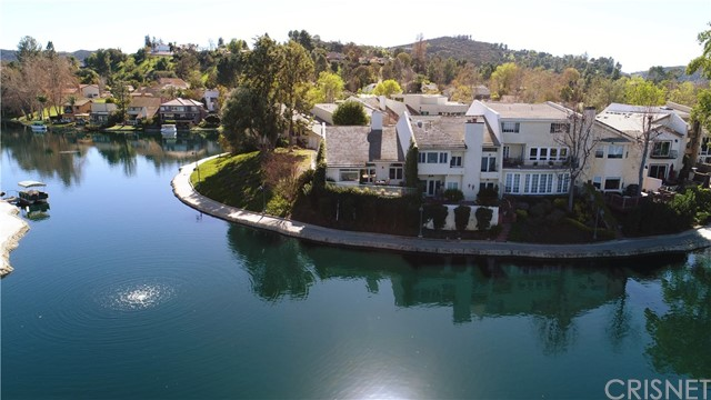 Townhouse for Sale at 4602 Park Mirasol 4602 Park Mirasol Calabasas, California 91302 United States