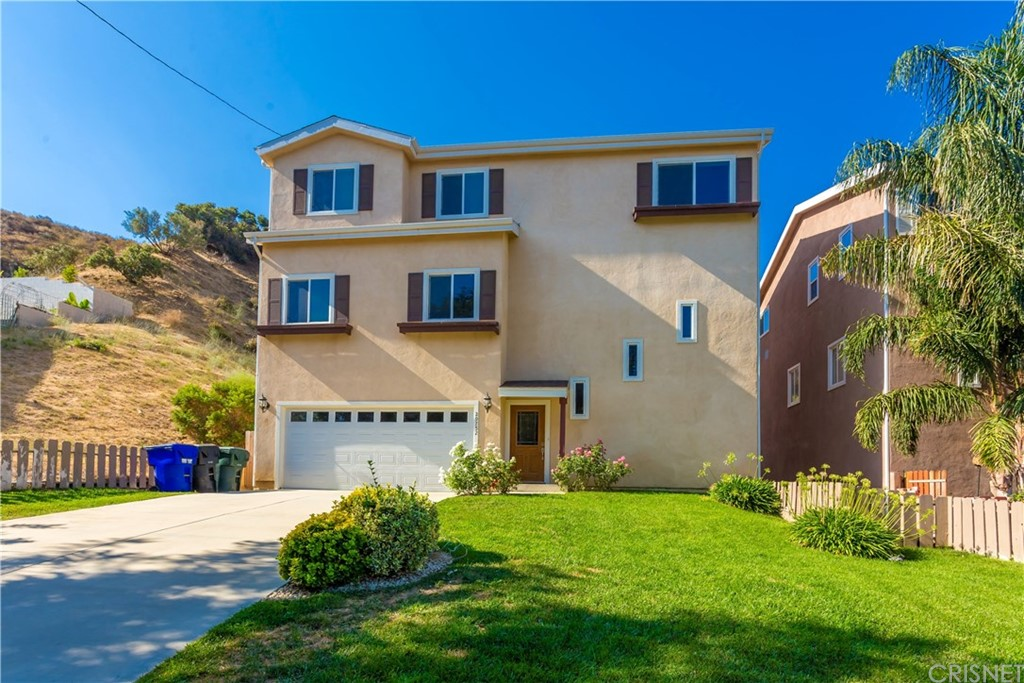 Property for sale at 29752 CENTRAL AVENUE, Castaic,  CA 91384