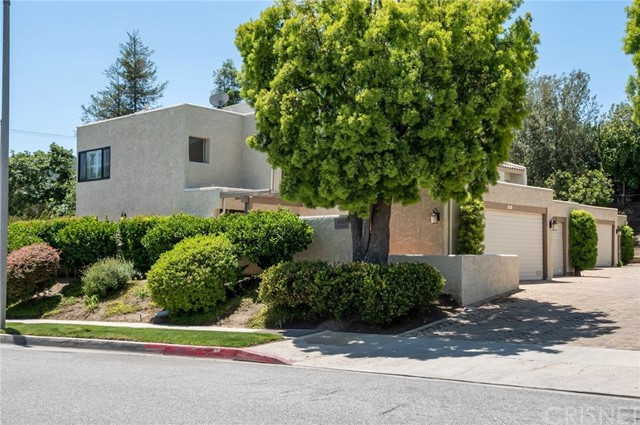 One of Calabasas 3 Bedroom Homes for Sale at 4223  Freedom Drive 101