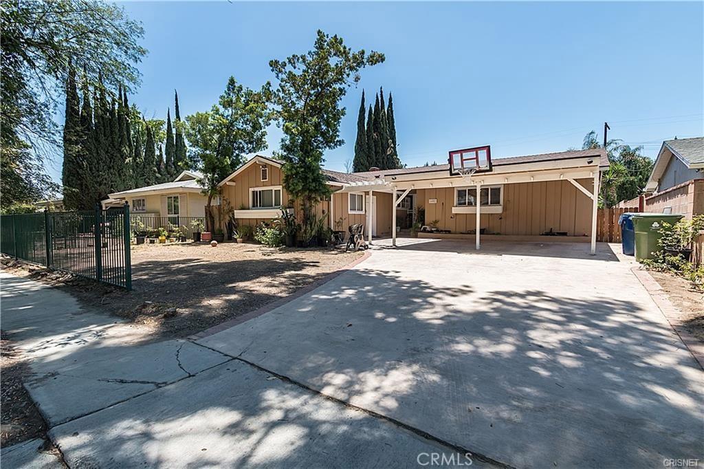 16052 BAHAMA Street, North Hills, CA 91343