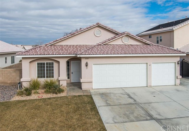 Property for sale at 4109 West AVE, Lancaster,  CA 93536