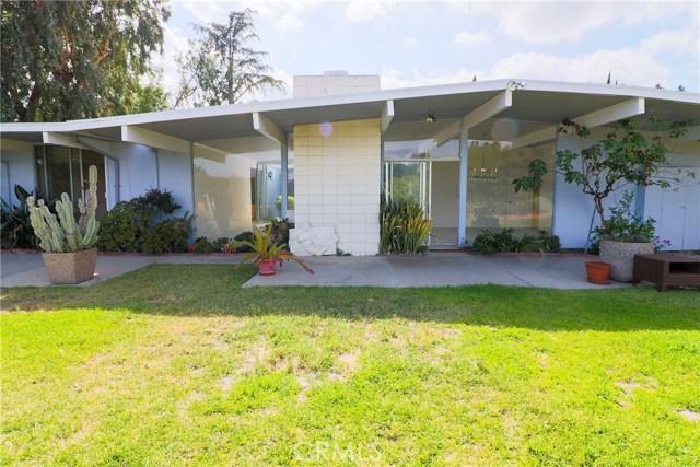 12662 Jimeno Avenue, Granada Hills CA: http://media.crmls.org/mediascn/76b7462f-e53d-4765-9567-0470c449fd55.jpg