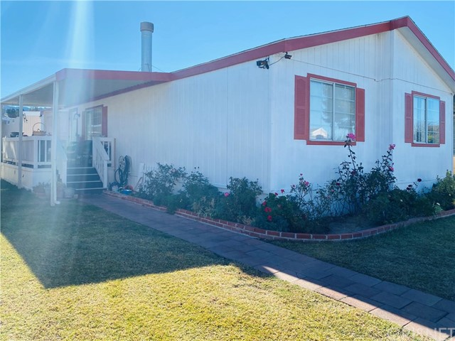 Detail Gallery Image 1 of 16 For 27361 Sierra Hwy #115,  Canyon Country,  CA 91351 - 3 Beds   2 Baths
