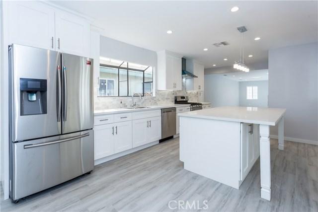7943 Woodlake Avenue West Hills, CA 91304 - MLS #: SR18278950
