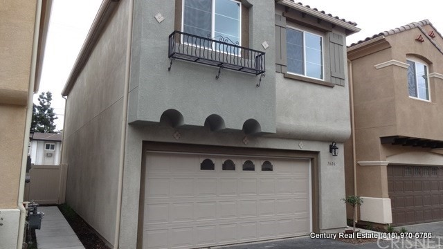 Single Family Home for Rent at 7606 Justice Way N Van Nuys, California 91405 United States