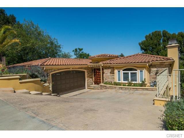 14859 Round Valley Drive Sherman Oaks CA  91403