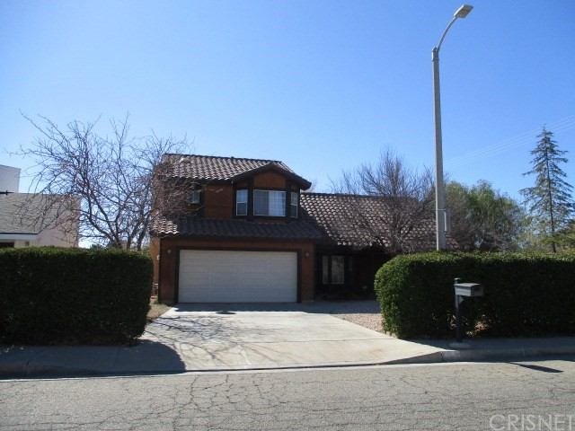 1536 W Newgrove Street Lancaster, CA 93534 is listed for sale as MLS Listing SR18044020
