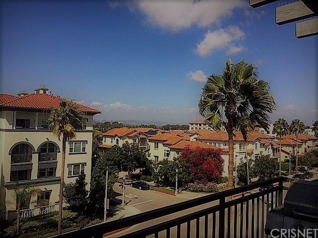 Property for sale at 6020 SEABLUFF DRIVE #420, Playa Vista,  CA 90094