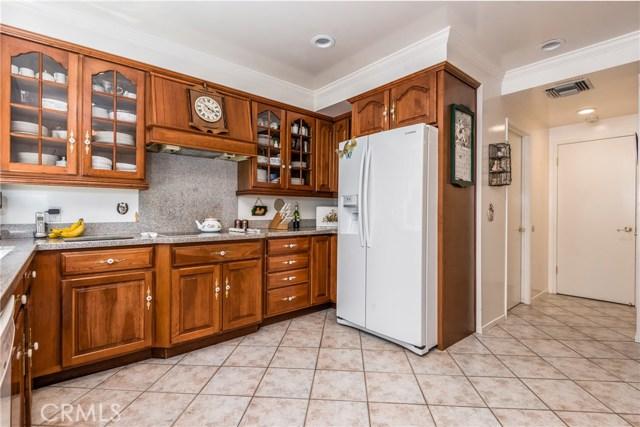 13225 Whistler Avenue, Granada Hills CA: http://media.crmls.org/mediascn/775f5a3a-bc31-4158-a1a2-6d939fccbd2d.jpg