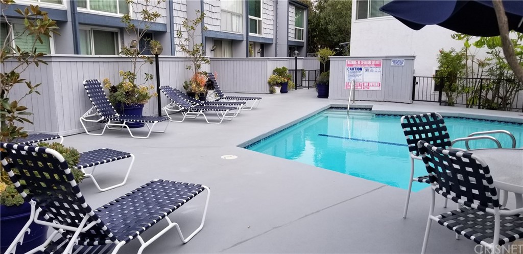 Property for sale at 5815 Doverwood Drive #26, Culver City,  CA 90230