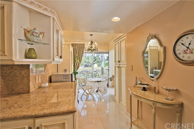 4046 Strawberry Place Encino, CA 91436 - MLS #: SR17203029