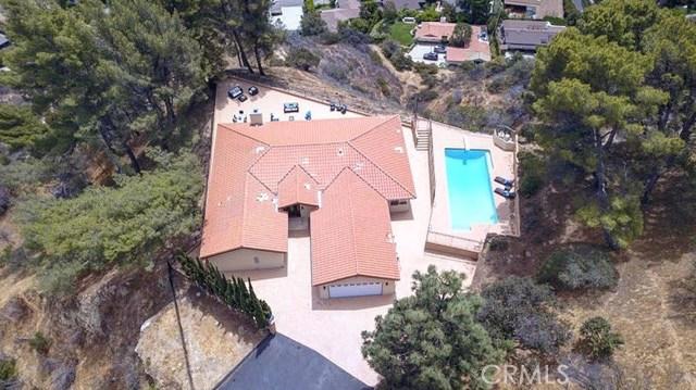 15045 Sherview Place, Sherman Oaks CA: http://media.crmls.org/mediascn/78a54356-2d8f-4780-b3ed-f790c56b7b6b.jpg