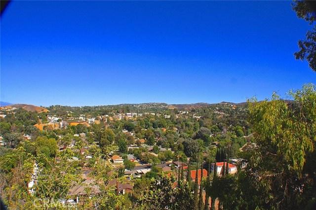 5252 DARRO Road  Woodland Hills CA 91364