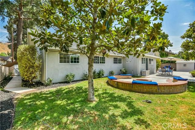 10302 Arnwood Road, Lakeview Terrace CA: http://media.crmls.org/mediascn/79a293da-87dc-4f78-b013-0e9c49b51d75.jpg