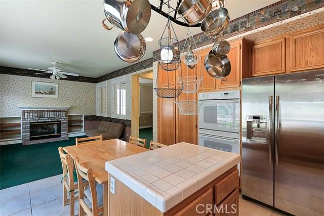 26061 Salinger Lane, Stevenson Ranch CA: http://media.crmls.org/mediascn/79b653bf-575c-4491-a0eb-e57360b7df82.jpg