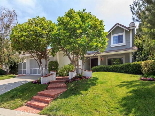 Single Family Home for Sale at 6808 Sunset Ridge Court 6808 Sunset Ridge Court West Hills, California 91307 United States