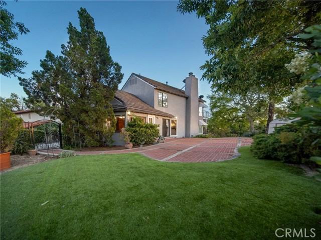 Photo of 22280 Del Valle Street, Woodland Hills, CA 91364