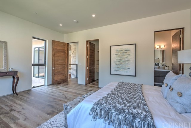 4607 Vanalden Avenue Tarzana, CA 91356 - MLS #: SR18127541