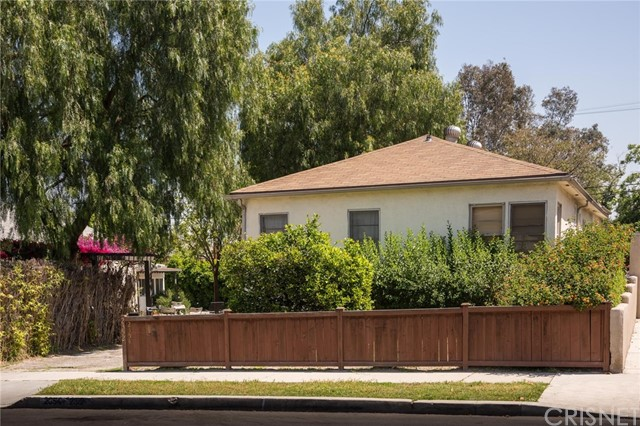 Single Family Home for Sale at 2352 Altman Street Echo Park, California 90031 United States
