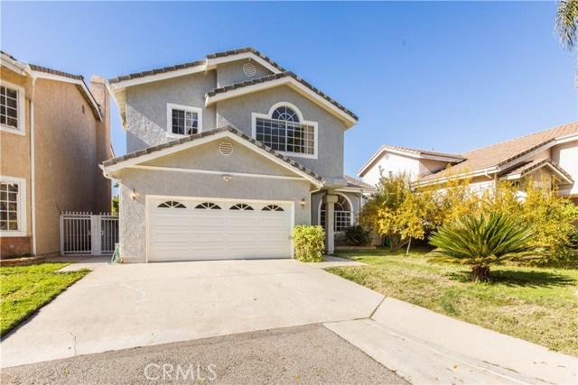 7519 Melvin Avenue, Reseda CA: http://media.crmls.org/mediascn/7a322d64-22b3-48fc-89ff-544add4716ff.jpg