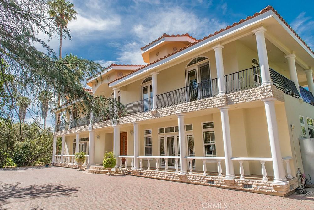 Property Listing: 23135 Dolorosa StreetWoodland Hills