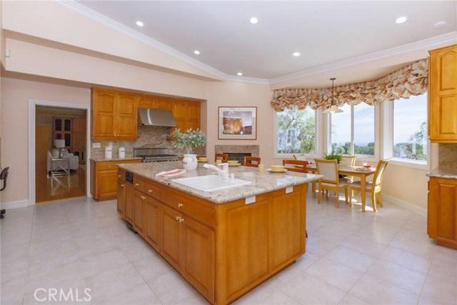24833 Jacob Hamblin Road, Hidden Hills CA: http://media.crmls.org/mediascn/7a86efba-67e2-4cfc-9491-5a86ba0b0e04.jpg