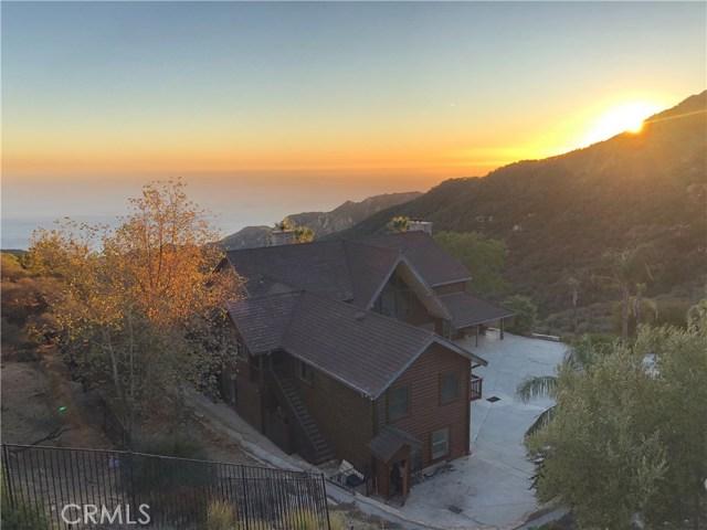 333 Moonrise Drive, Malibu CA: http://media.crmls.org/mediascn/7a8a3c29-144b-4c60-a91b-dda15dce8ae4.jpg