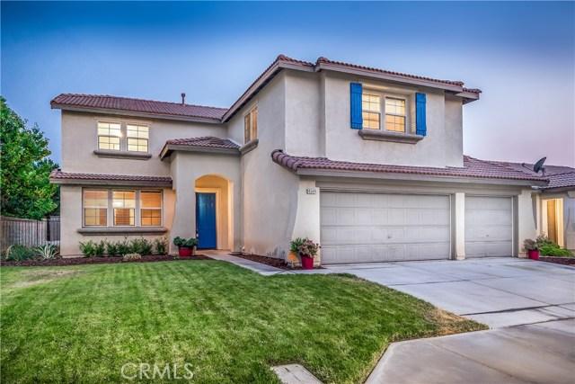 4544 W Avenue J3, Lancaster CA: http://media.crmls.org/mediascn/7ae246f4-7a96-42fd-9003-148f5168c497.jpg