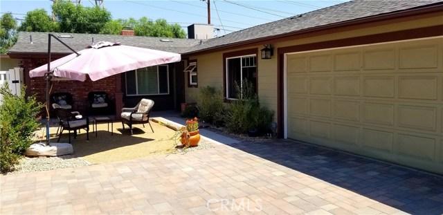 17233 Simonds Street, Granada Hills CA: http://media.crmls.org/mediascn/7b1237f4-5849-43f8-9fc4-1f6bdfa14d22.jpg